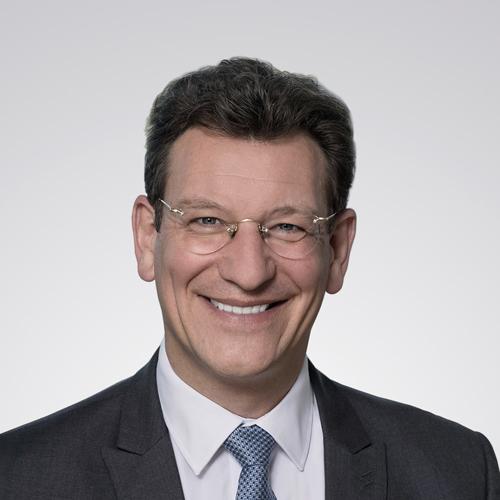 Christoph Schumacher Leiter Global Real Estate, Credit Suisse Asset Management